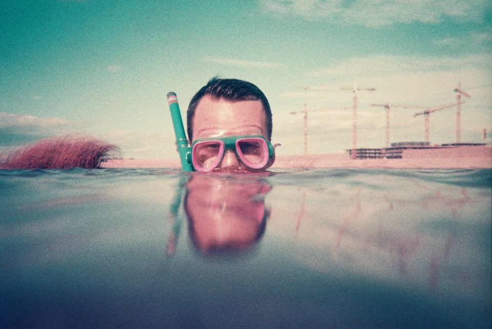 סימפל יוז קיצית לשימוש מתחת למים!